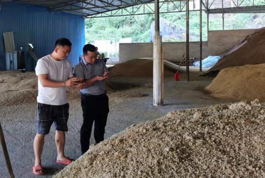 市财农服务公司到印江开展企业服务工作